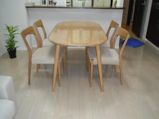 テーブル UVコート 無垢木